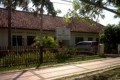 Gedung GOW Kota Cirebon ( Gabungan Organisasi Wanita ) Jalan dr Wahidin Sudirohusodo, Kota Cirebon, Jawa Barat, Indonesia. photo cp 19 Juli 2014