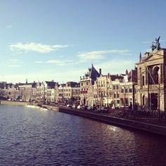 Zondag zoals het hoort vandaag in Haarlem #zon #spaarne #teylersmuseum #haarlem