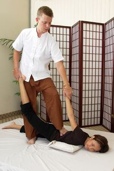 Thai massage, often called Thai yoga massage, utilizes muscle compression, joint mobilization, and acupressure. Check out our photo gallery. Thai Yoga Massage, Prenatal Massage, Massage Tips, Massage Benefits, Good Massage, Face Massage, Massage Techniques, Massage Therapy, Massage Chair