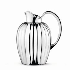 Shop Georg Jensen - Bernadotte Thermo Jug at Peter's of Kensington. View our range of Georg Jensen online. Why in the world would you shop anywhere else for Georg Jensen? Carafe, Kitchenware, Tableware, Danish Design, Chrome Plating, Modern Classic, Scandinavian Design, Nordic Design, Elegant