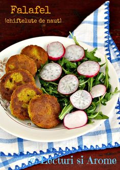 Falafel - chiftelute de naut (de post) Vegetarian Recipes, Cooking Recipes, Healthy Recipes, Healthy Food, Romanian Food, Romanian Recipes, Falafel, Stay Fit, Fresh Rolls
