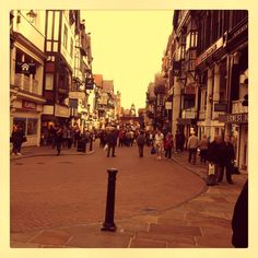 Eastgate Street in Chester City. Arrow FS is based in the historical city of Chester. Click on the image to visit Arrow's website.