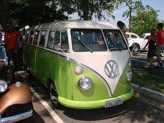 VW_Bus_25FEB2007_002 by Afrika_Korps, via Flickr