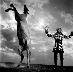10 fotógrafos de moda que debes conocer Helmut Newton