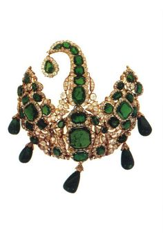 Indian vintage emerald pendant