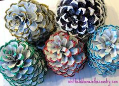 Start making your Christmas ornaments now!  DIY Pine Cone Ornaments, also you will find links to make a snowflake ornament with hot glue, and a glitter pine cone ornament too!! They make great gifts