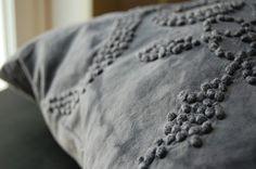 enhabiten gray frenchknots