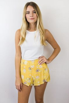 Tropic Sands Shorts - Maude