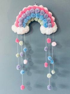 Pom Pom Crafts, Yarn Crafts, Felt Crafts, Crafts To Make, Crafts For Kids, Paper Crafts, Diy Crafts, Perfect Christmas Gifts, Handmade Christmas