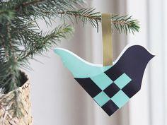 makaku er et kreativt, inspirerende univers og en webshop, der byder på ideer, DIY-guides og lækre produkter i massevis. Christmas Things, Christmas Crafts, Paper Crafting, Jazz, Origami, Diy And Crafts, Diys, Traditional, Patterns