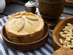 10 Delicious 14th Century Meals That We Should Bring Back