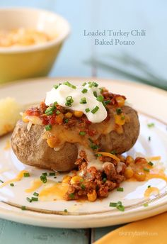 Loaded Turkey Chili Baked Potato | Skinnytaste