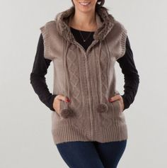 Hooded Fur Trim Sleeveless Sweater Vest