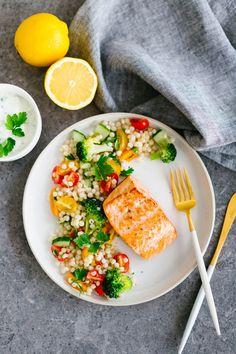 Fish Recipes, Seafood Recipes, Good Food, Yummy Food, Healthy Recepies, Food Presentation, Paella, Food Inspiration, Risotto