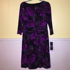 Jones New York Floral Dress BNWT Gorgeous and classy floral dress. Never worn. Trade value is retail value. Jones New York Dresses Long Sleeve