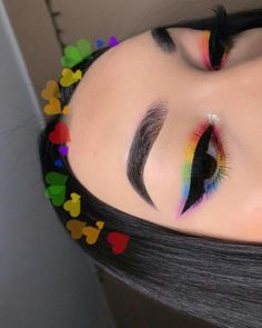 makeup 2018 in pakistan makeup yellow dress makeup gems eye makeup remover bad for your eyes makeup and glasses eye makeup trends makeup video mein makeup designs Fancy Makeup, Creative Makeup Looks, Eye Makeup Art, Crazy Makeup, Cute Makeup, Pretty Makeup, Eyeshadow Makeup, Makeup Inspo, Makeup Brushes