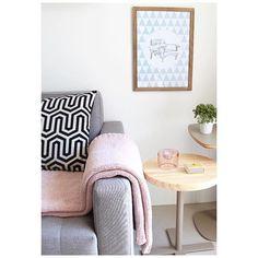 🖼 •• • mole armchair • • a poltrona mais conhecida do mestre Brasileiro Sérgio Rodrigues também está na nossa coleção >> cadeiras ícones << em parceira com a MC •• venda disponível no site @mercattocasa ♥️ • Foto @vivre • #apto41inspira #homedecor #decor #home #decoração #interiorstyle #interior #apto41poster #posteres #chair #apto41mercattocasadecoracao  #apto41quadro #apto41naparede #mole #sergiorodrigues #designbrasileiro