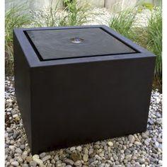 Gönne Dir Eine Auszeit Auf Deiner Terrasse Und Genieße Den Sanften  Wasserlauf.