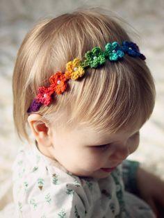 Daisy Chain Headband Crochet Pattern pdf by DaisyChainPatterns