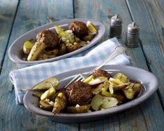 Unser beliebtes Rezept für Topinambur-Salat in Senfvinaigrette zu Frikadellen und mehr als 55.000 weitere kostenlose Rezepte auf LECKER.de.
