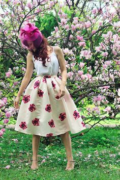 Flowers everywhere :) Vintage Inspired Fashion, Covet Fashion, Dress To Impress, Spring Outfits, Photography Ideas, Cloths, What To Wear, Style Me, Spring Summer