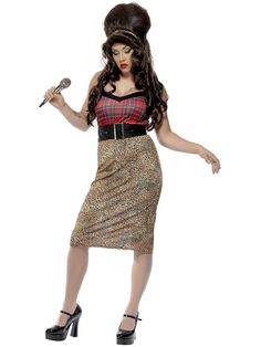 Dress up like Amy Winehouse for Halloween or for a fancy dress party. You'll find the perfect Amy Winehouse Halloween costume here for just the right look. Pop Star Fancy Dress, Adult Fancy Dress, Ladies Fancy Dress, Costumes For Sale, Fancy Costumes, Retro Costume, Halloween Costumes, Holiday Costumes, Amy Winehouse