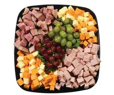 Party Food Meat And Cheese Tray, Meat Trays, Cheese Cubes, Food Platters, Cheese Platters, Appetizer Recipes, Appetizers, Sandwich Bar, Party Trays