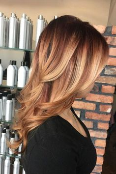 Gorgeous Brown Hairstyles with Blonde Highlights: Layered Brown Hair with Strawberry Blonde Balayage