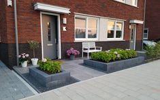 Mandy - Ridderkerk - Projecten Large Garden Pots, Fenced Vegetable Garden, Garden Boxes, Green Garden, Herb Garden Design, Japanese Garden Design, Backyard Garden Design, Garden Waterfall, Garden Animals