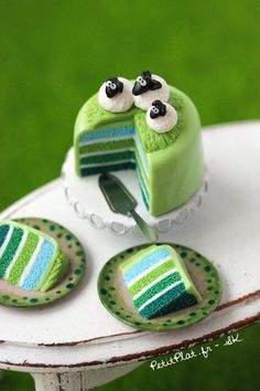 Sheep Cake in green...too cute. could use rafaello for sheep's body