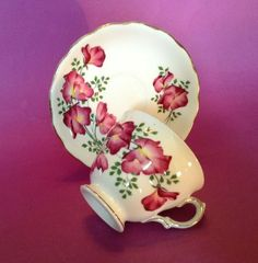 Royal Vale Pedestal Cup And Saucer - Red Sweet Pea - Bone China - England Geisha Japan, Sweet Violets, Blue China, Pedestal, Red Gold, Cup And Saucer, Bones, Tea Cups, England