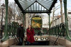 Artist Replaces Billboard with Art in Paris – Fubiz™