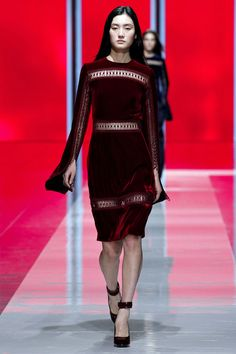 Christopher Kane Fall 2013 Ready-to-Wear