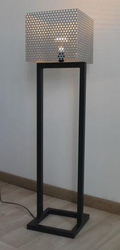 Lampe métal tôle perforée
