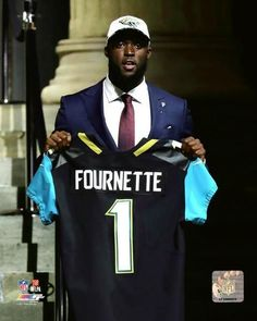 de23204ea Leonard Fournette Jacksonville Jaguars 2017 NFL Draft Photo UB145 (Select  Size)