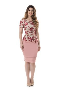 "missgerrie: ""Pretty look! Long Skirt Outfits, Pencil Skirt Outfits, One Piece Dress, I Dress, Office Dresses For Women, Clothes For Women, Fashion Tights, Fashion Dresses, Casual Dresses"