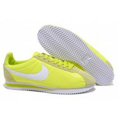 Nike Womens/Mens Cortez Basic Suede/Leather '06 Casual Shoes Green-yellow/White