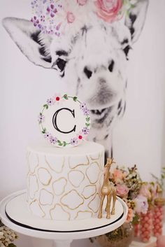 The Little Big Company 's Birthday / Giraffe Party - Photo Gallery at Catch My Party Giraffe Birthday Parties, 2 Birthday, First Birthday Parties, First Birthdays, Birthday Ideas, Giraffe Cakes, Giraffe Baby, Party World, Safari Party