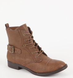 Combat boots bro'