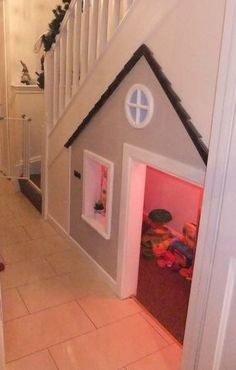 Storage heaven: make use of the space underneath the stairs. A kids play house. - Storage heaven: make use of the space underneath the stairs… A kids play house! Under Stairs Playhouse, Kid Playhouse, Closet Playhouse, Playhouse Ideas, Under The Stairs, Under Stairs Playroom, Princess Playhouse, Playhouse Decor, Playhouse Interior