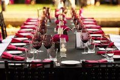 black and fuchsia table setting