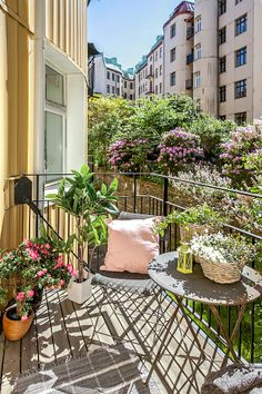 1000 Images About On Pinterest Small Balconies