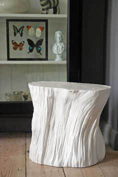 White Tree Trunk Stool/Table from Rockett St George Log Furniture, Unique Furniture, Tree Trunk Table, Decoration Entree, Low Stool, Diy Inspiration, Interior Design, Workbench Plans, Driftwood Art