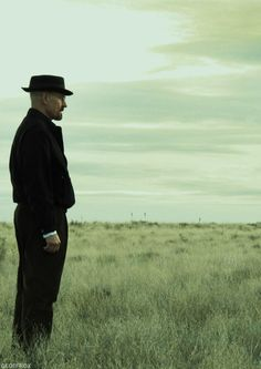 Still of Bryan Cranston i breaking bad. God that is one hell of a beautiful sight.