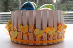 Risultati immagini per riciclo mollette per la pasqua Easter, Clothespins, Wood, Crafts, Party, Bunnies, Clothes Pegs, Manualidades, Woodwind Instrument
