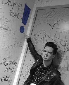 When someone forgets the ! in panic! at the disco