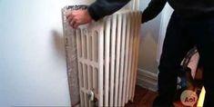 Un carton couvert de papier d'aluminium pour diffuser la chaleur des radiateurs.16 Astuces pour ne plus jamais avoir froid en hiver Plus Jamais, Home Appliances, Tips, Radiant Heaters, Best Life Hacks, Helpful Tips, The Heat, Winter, Paper