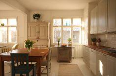 Olohuone-keittiö 2