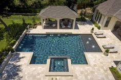 Riverbend Sandler Pools offers Geometric Pool Designs Dallas, Frisco and surrounding areas that homeowners can be proud of. Backyard Pool Landscaping, Backyard Pool Designs, Swimming Pools Backyard, Swimming Pool Designs, Landscaping Ideas, Lap Pools, Indoor Pools, Pergola Patio, Pool Spa