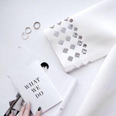 """Gefällt 38 Mal, 3 Kommentare - working room 🇨🇭 (@swiss.ilikeit.made) auf Instagram: """"Details of wedding leather dress 👗 . #ilikeit #ilikeitswiss #ilikeitswissmade #tailormade…"""""""
